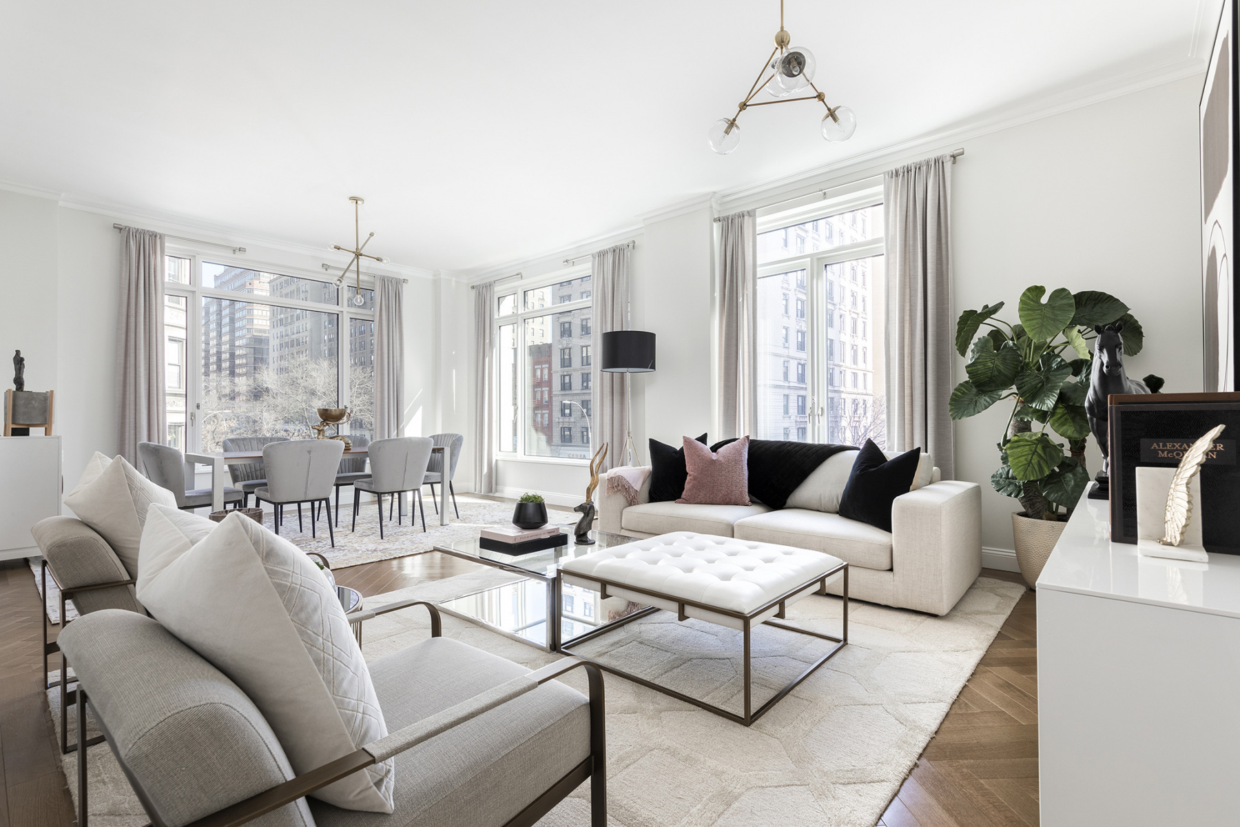 250 West 3br